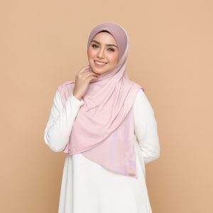 dusty pink basic bawal hijab tudung nyzanourexclusive nyzanour exclusive